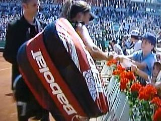 レザイとバボラ135周年記念限定ラケットバッグ2