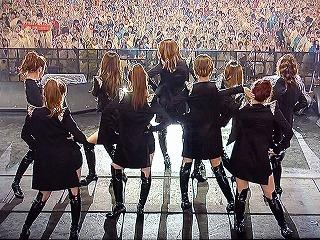K-POP DREAM CONCERT 2010 少女時代 ステージ背後