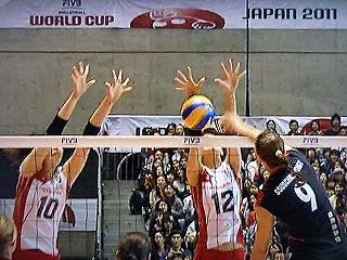 ワールドカップ2011 vsドイツ 岩坂名奈、木村沙織